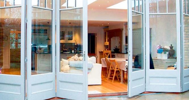 desain pintu kaca modern