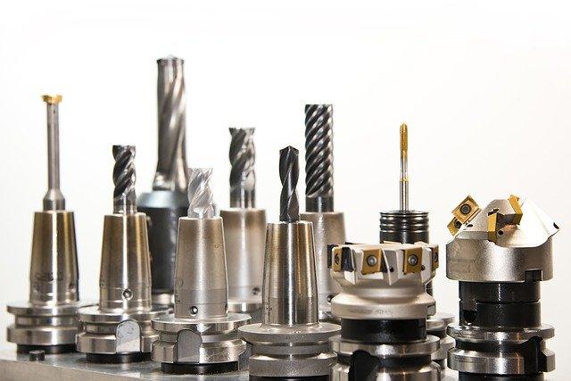 Persiapan Pemasangan Aluminium Composite Panel